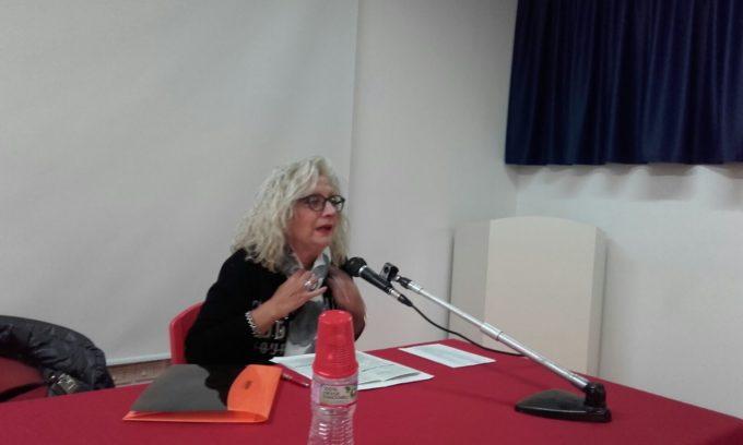 Lezione tenuta dalla poetessa Giulivo